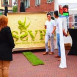 reclame met moswand