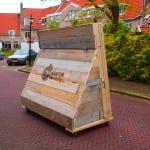 reclame billboard van steigerhout