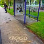 green graffiti bij bushalte delft